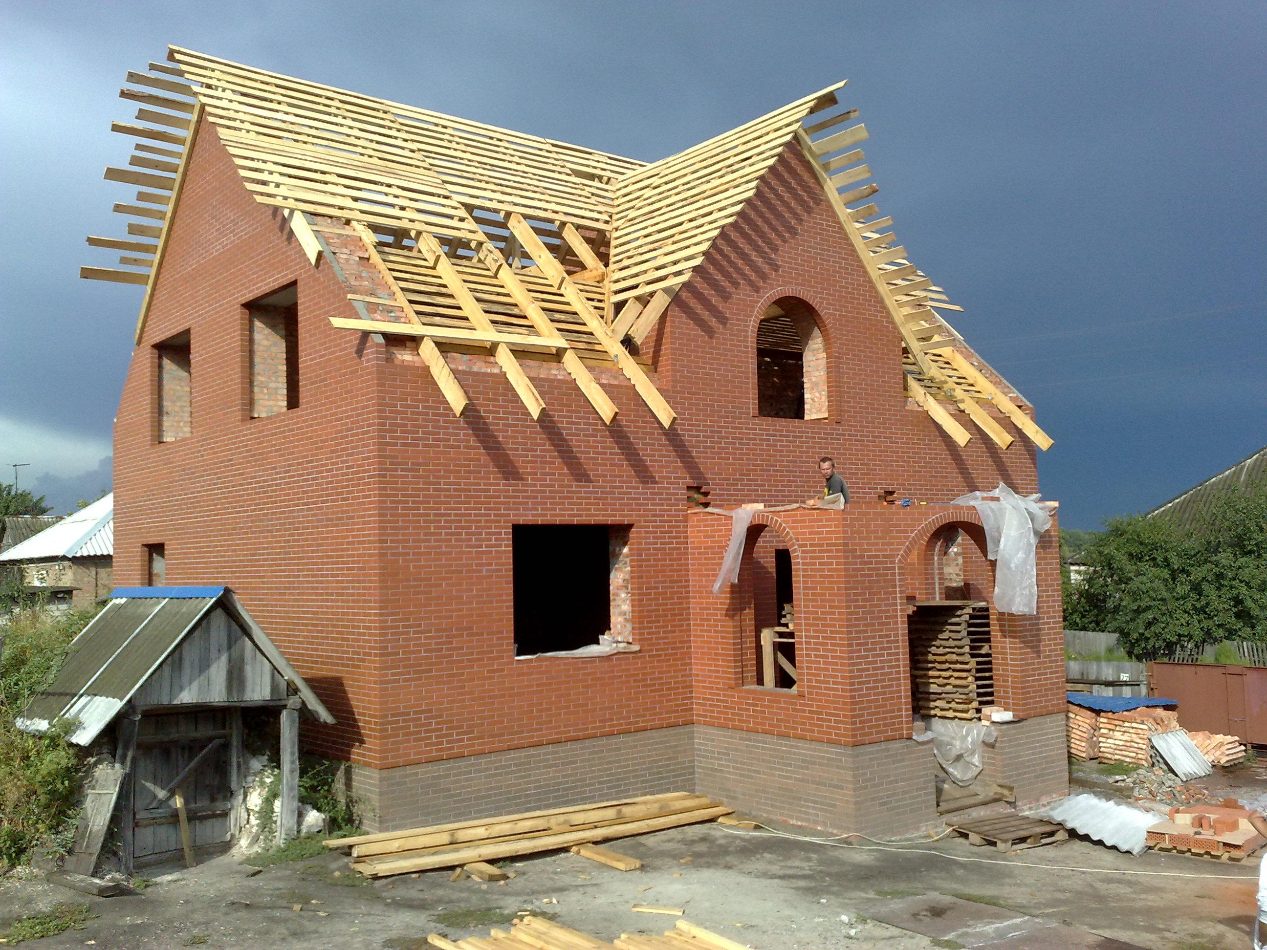 Как построить кирпичный дом своими рукам