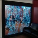 Водяная стена или пузырьковые панели — отличное украшение для вашего интерьера